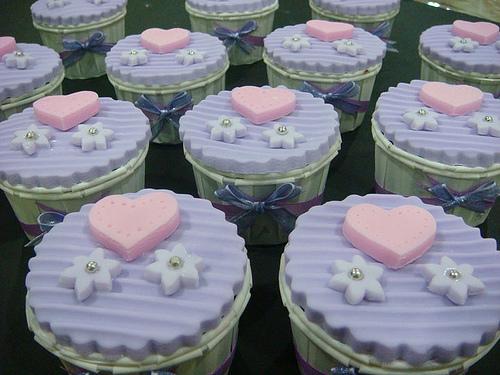 wedding cake cup cake