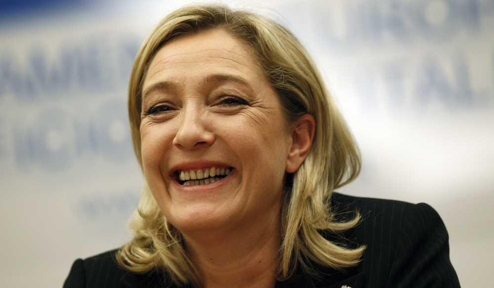 Marine-Le-Pen-triomphaliste
